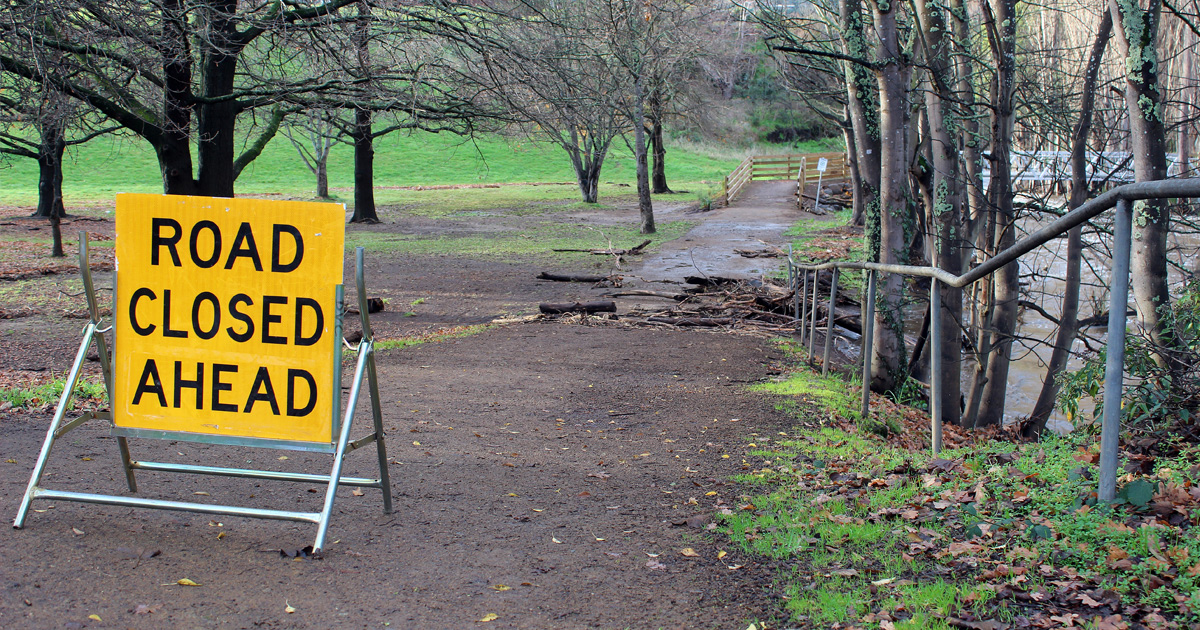 road closed sign near bridge over lachlan river