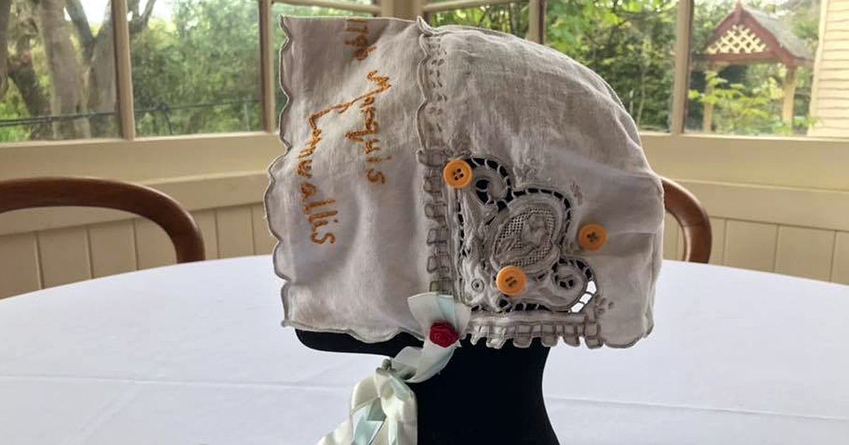 Hand-made bonnet
